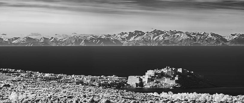Calvi citadelle infrarouge alpes maritimes balagne corse klape