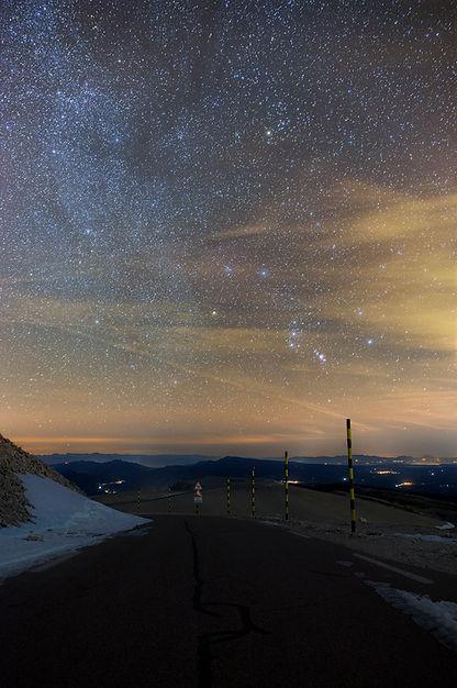 ventoux mont route voie lactée nuit orion neige