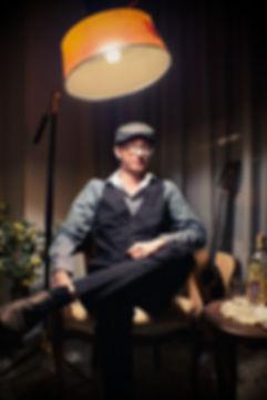 portrait marseille studio vintage old school 60's guitar camera lenses classy french