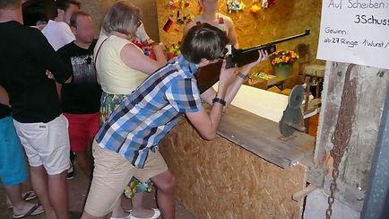 Schießbude auf dem Schützenwaldfest, Schramberg