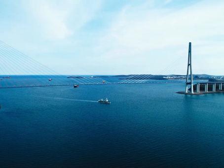 """Приход СРТМ """"Гермес"""" в порт Владивосток (видеоролик)"""