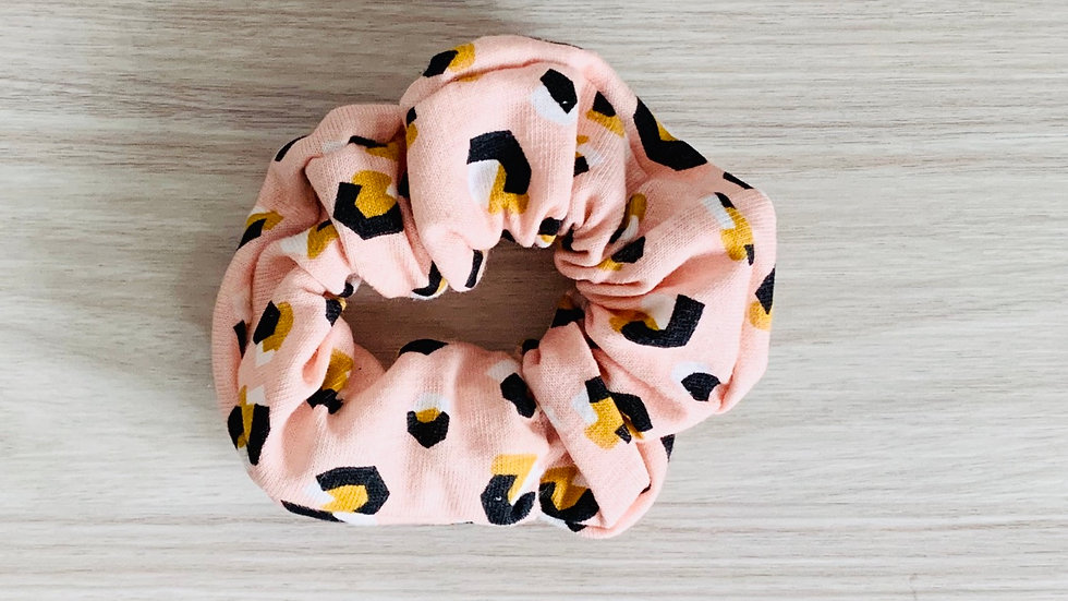 PASTAL PINK Cheetch Scrunchie