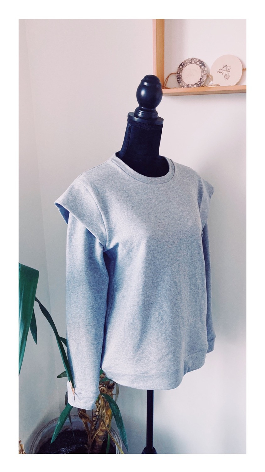 modified Andrea Sweatshirt from Petit Patron patterns, handmade by Alexa from Slow living blog