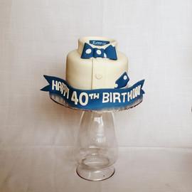 Gent's 40th Birthday Cake.jpg