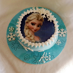 Frozen Birthday Cake.jpg