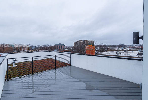 711 15th Street NE Rooftop