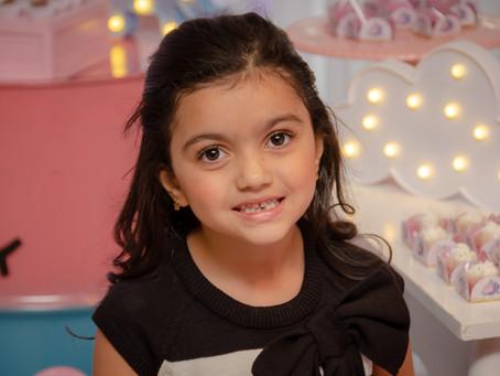 Isabela - 6 anos