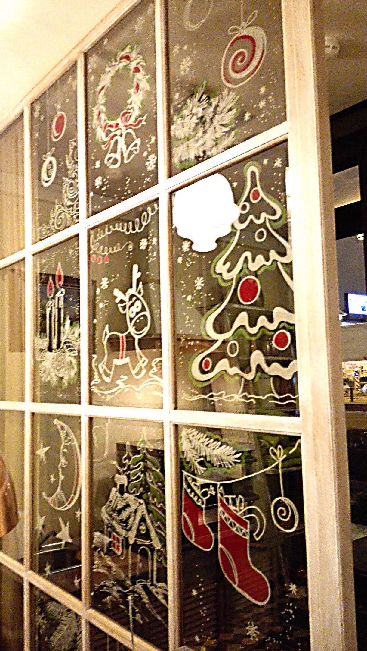 Рождественское оформление для Кондитерия FermА.jpg