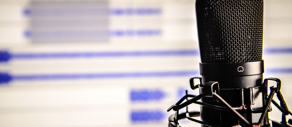 The 5 Best Starter Microphones to Use For the Beginner Podcaster.