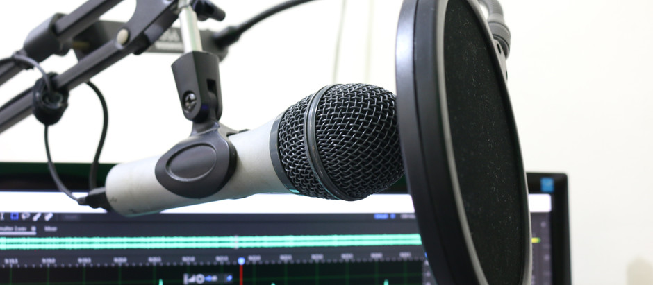 5 Reasons to Start a Podcast.