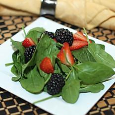 Spinach & Fresh Berry Salad
