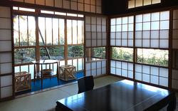 Ryokusone_room_黒百合