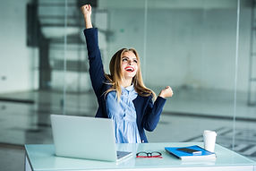 successful-young-business-woman-with-arm