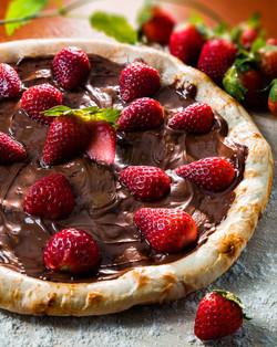 Pizza - chocolate com morangos