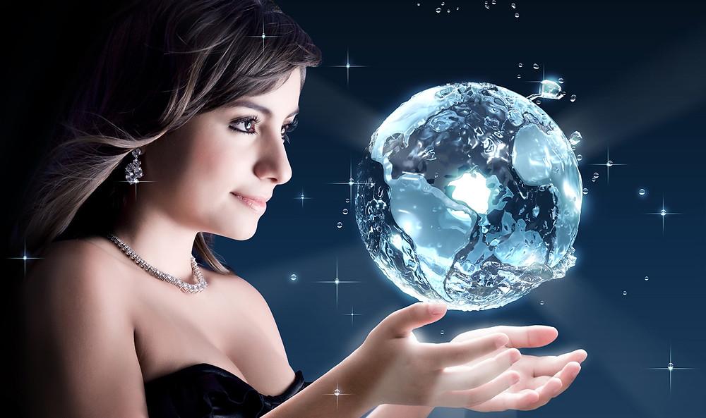 Foto da modelo e aplicação 3D do globo.