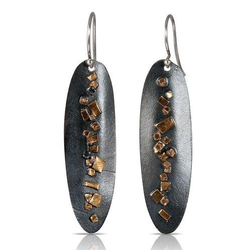 Long Pilas de oro Earrings