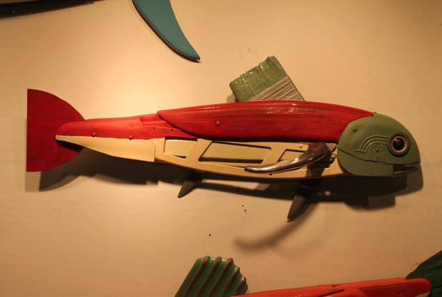 Green Head w/Car Carrier Fish