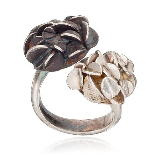 Black and White Desert Rose Ring
