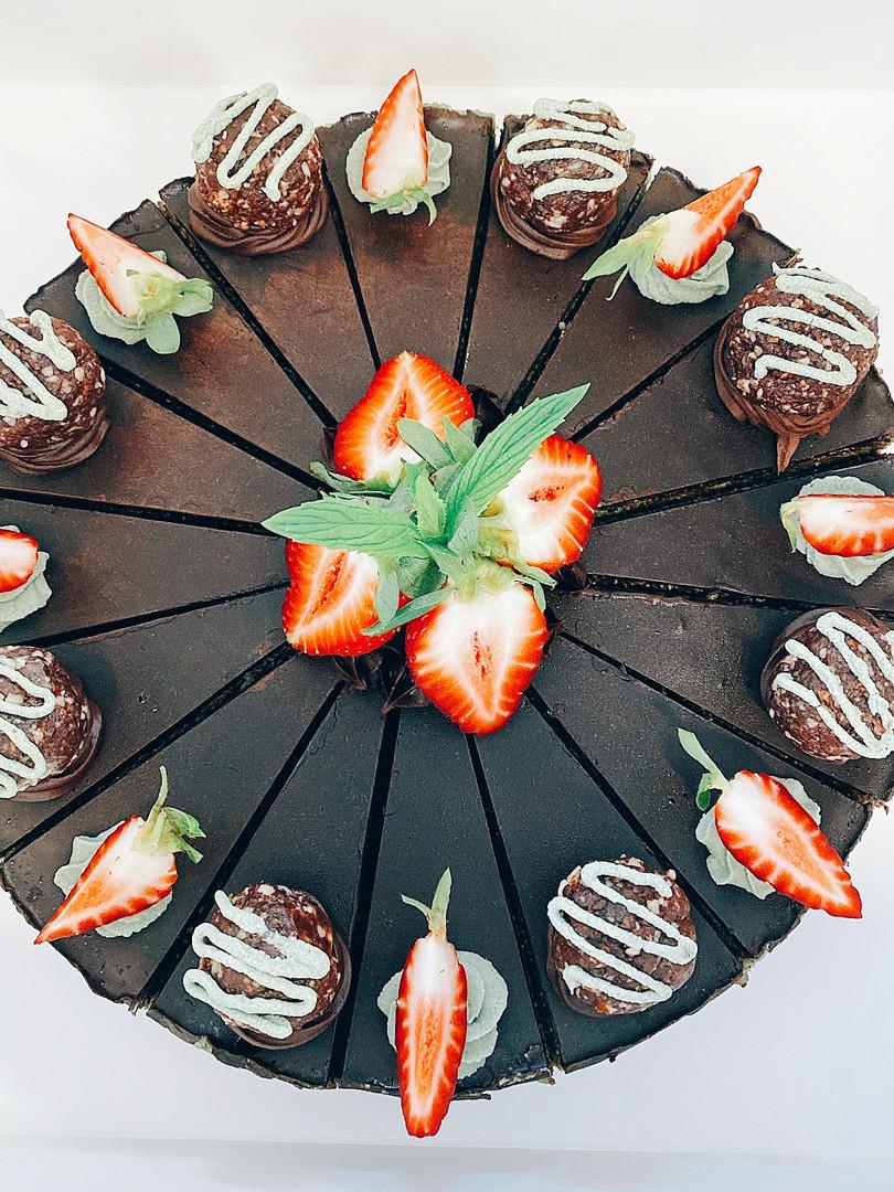 Custom Mint Slice Cake
