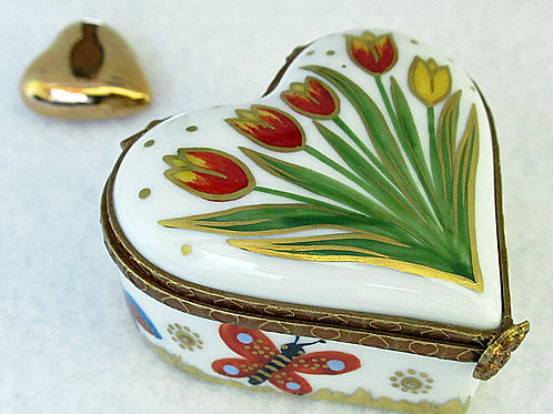 Exclusive Limoges hand paiunted porcelain box, tulips design