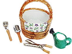 Gardening%20basket_clipped_edited.png