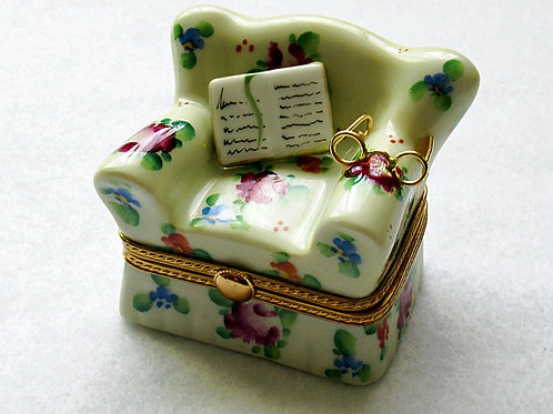 HER COUCH LIMOGES BOX