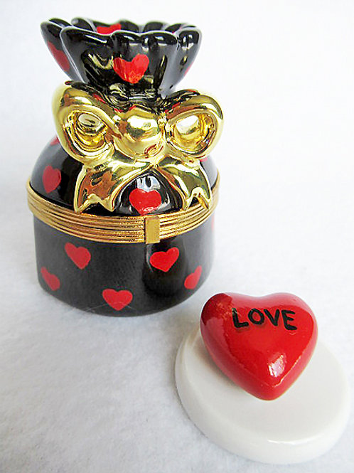 LOVE LIMOGES BOX