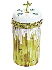 Easter Cake_clipped_rev_1.png