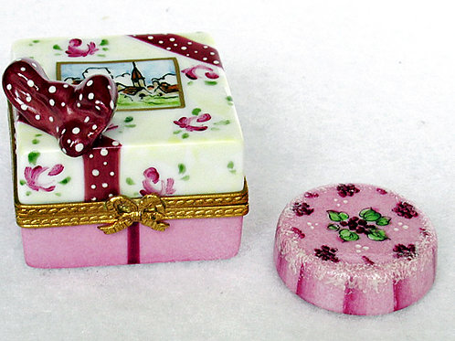 Limoges porcelain cake
