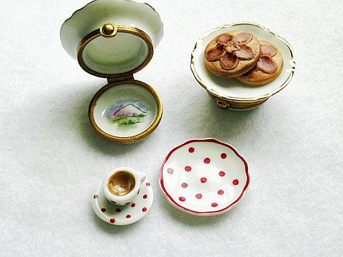 Limoges mini coffee pastry