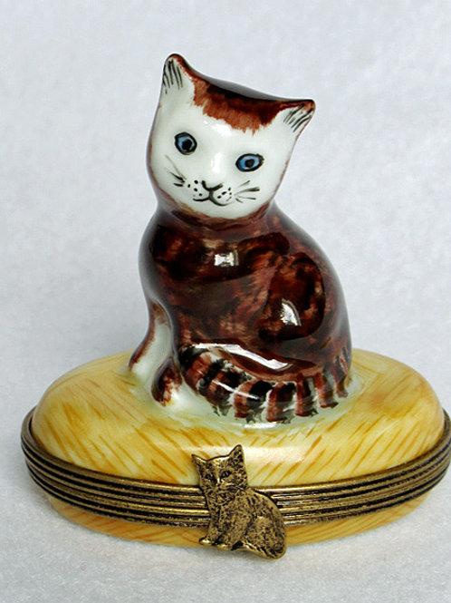 Limoges porcelain hand painted Kitten box