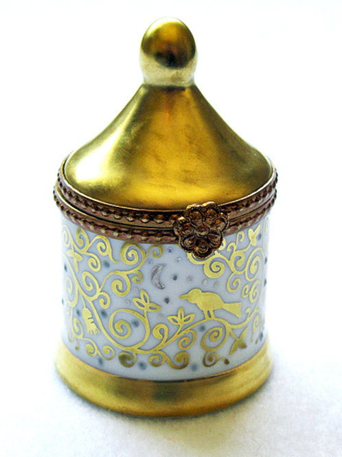 Limoges porcelain hand painted gold dome mini box