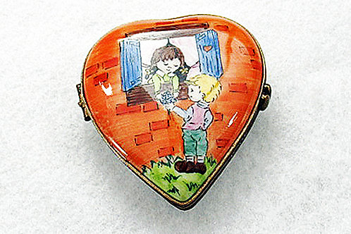 LIMOGES FRIENDSHIP BOX
