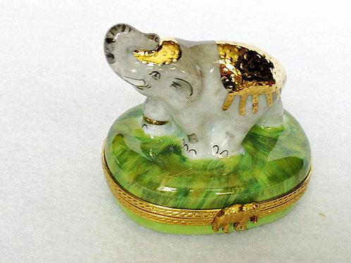 Limoges porcelain hand painted Elephant box