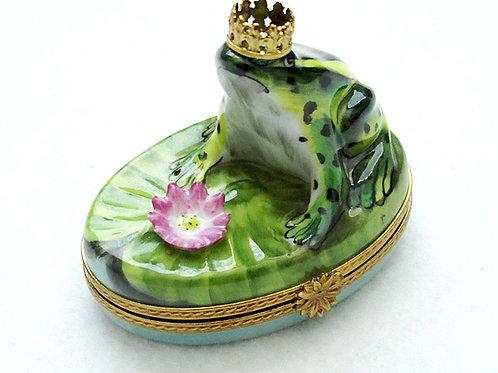 Limoges porcelain crowned frog