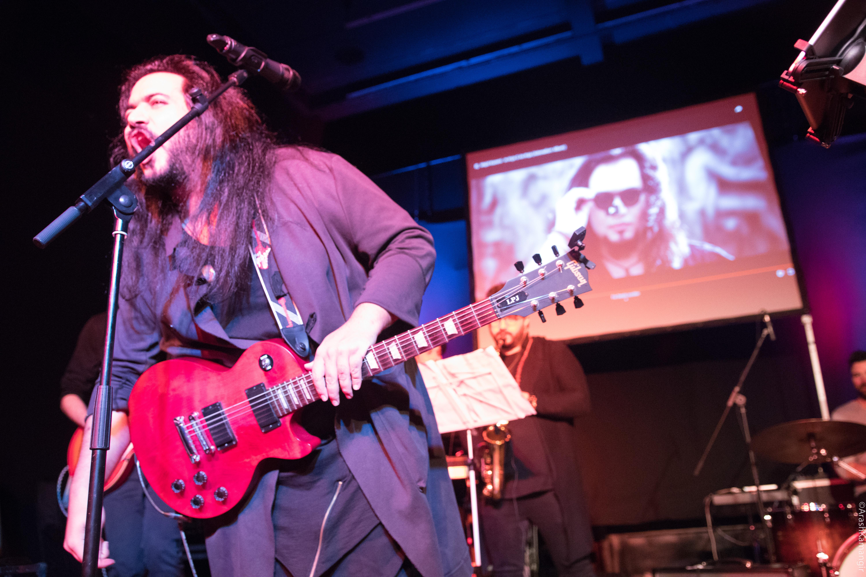 Majid Kazemi sings