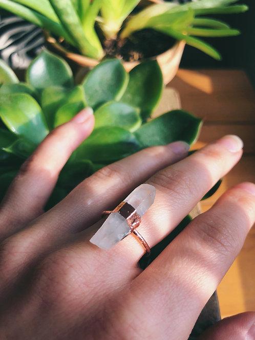 Quartz Point Copper Ring