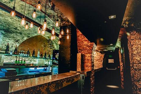 le dandy bar et lumieres