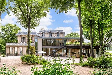 Pavillon Royal vue extérieure nature