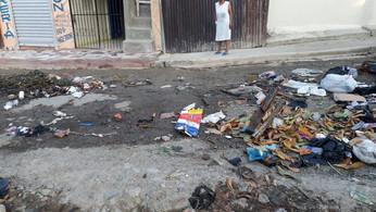 Sectores de Tenares protestan por obras, alcaldesa culpa a sectores desde NY