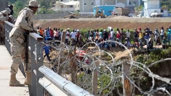 Más controles contra los haitianos ilegales