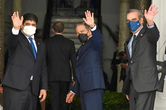 Presidentes proponen desarme en Haití