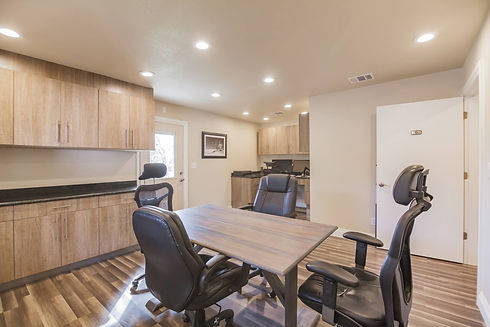 Remolded office space by Streamline Interior Design