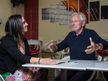 """""""Minden gyerek értékes akar lenni"""" – interjú Alfons Aichinger gyermekpszichodráma-vezetővel"""
