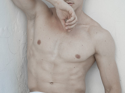 White Nude Part One For Desire Homme