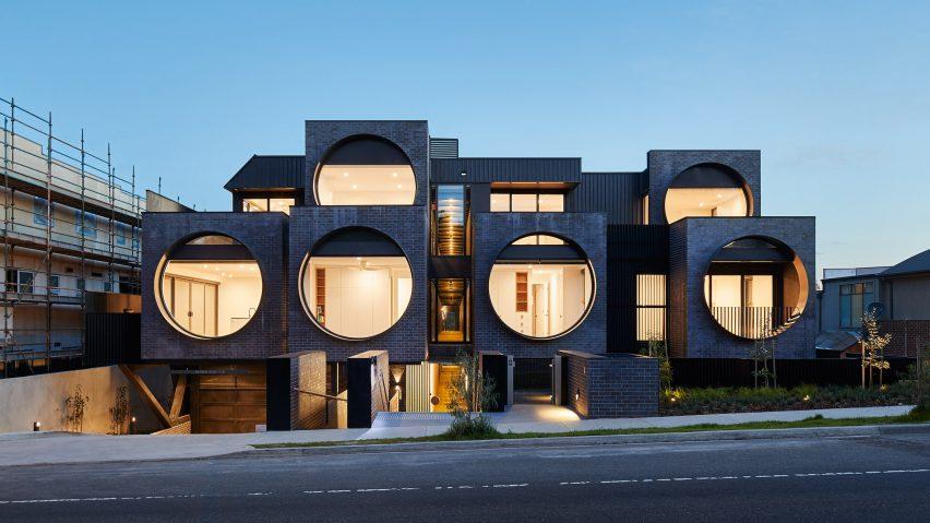 cirqua-apartments-bkk-architects-architecture_dezeen_hero-1-852x479