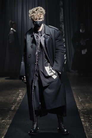 PFW: Yohji Yamamoto Autumn/Winter 2021 Collection