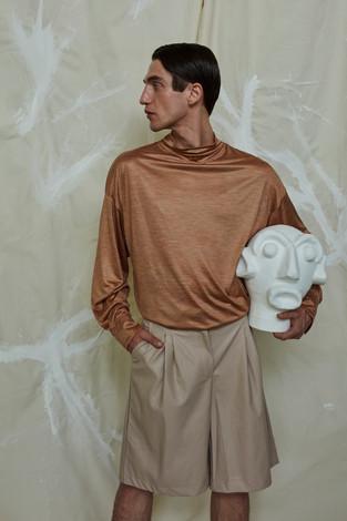 blouse ERMENEGILDO ZEGNA, shorts MISBHV head Pura Cal