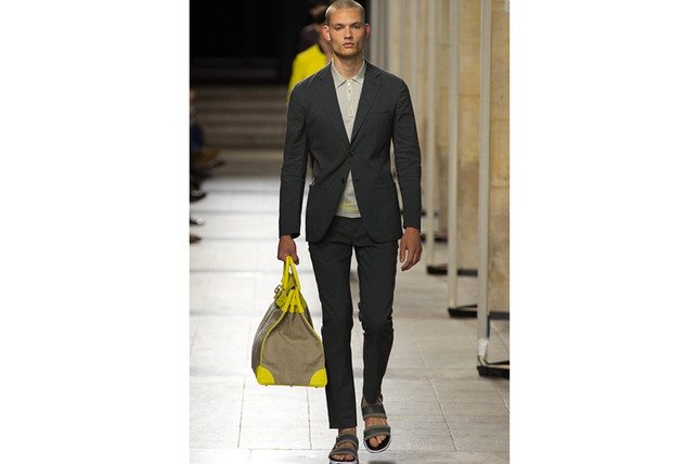Suits For The Summer | desirehommemagazine