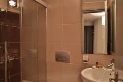 Maisonette first Bathroom